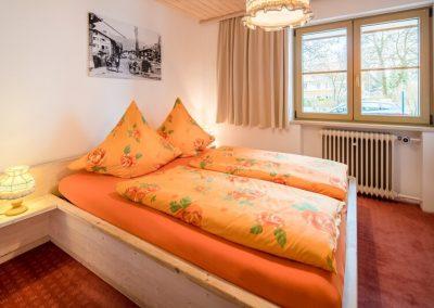 Schlafzimmer 4 Raum Ferienwohnung Sonnenheim